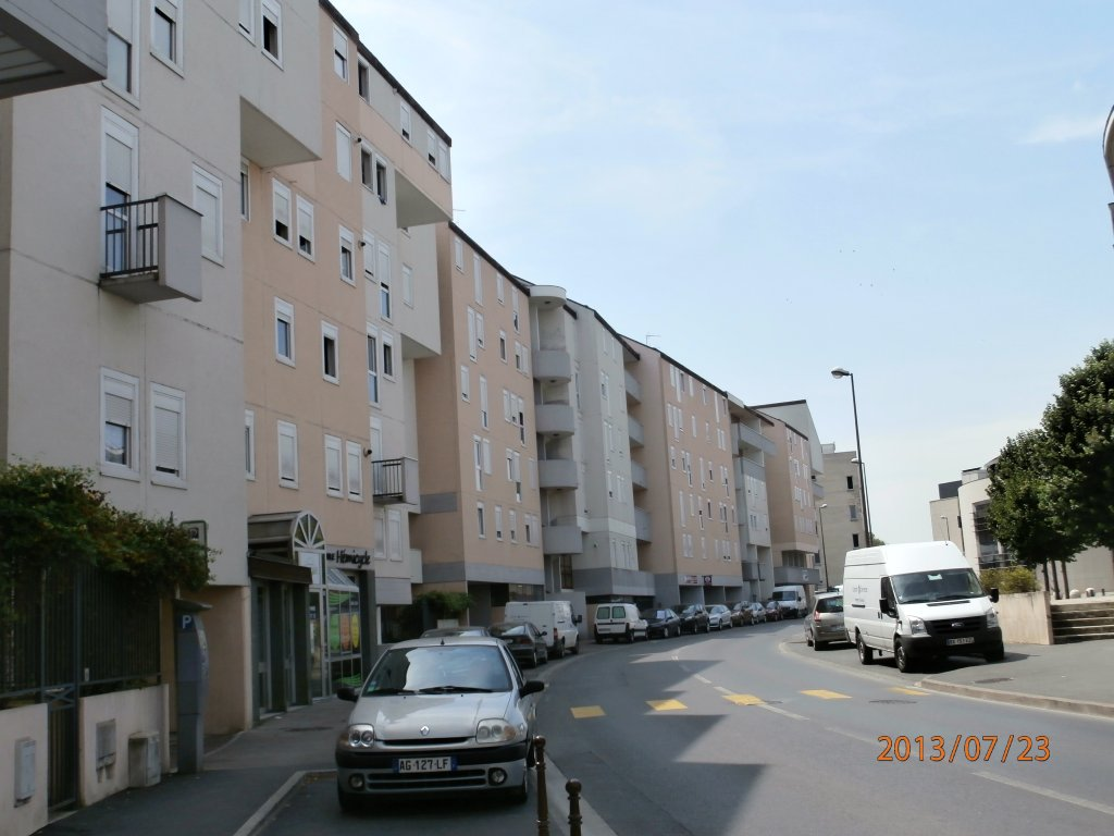 Location parking chalons en champagne 51000 er g0798 for Garage a chalons en champagne